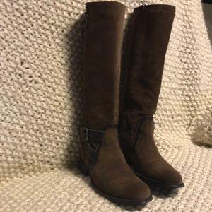 Aquatalia boots 7.5